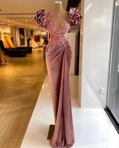 Glam Dresses, Event Dresses, Fashion Dresses, Stunning Dresses, Pretty Dresses, Lace Gown Styles, Fashion Illustration Dresses, Gowns Of Elegance, Wedding Dress Sleeves