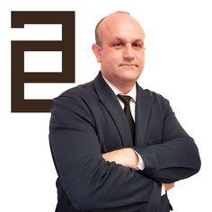 D. Marcelino Sánchez Ciudad ejerce como Abogado Especialista en Derecho Civil en el municipio de Córdoba.