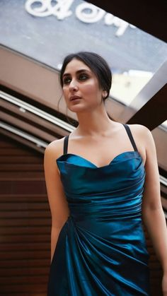 Bollywood Actors, Bollywood Fashion, Kareena Kapoor Saree, Karena Kapoor, Oscars Red Carpet Dresses, Frocks And Gowns, Tamil Actress Photos, Pakistani Actress, Indian Beauty Saree