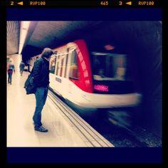 Metro Joanic Barcelona ¿A qué suenan las fotografías?