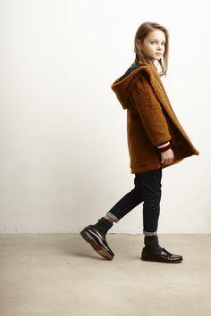 Lookbook Bellerose Kids collection FW'16 / Coat Eclips - Shirt Aura - Knitwear Gillyn - Pants Vine62 - Soks Fabu