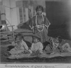 Sinkiuse-Columbia grandchildren of Chief Moses,  Colville Indian Reservation,  Washington,  ca. 1902