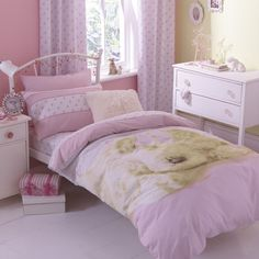 HOW CUTE!! Cute Puppy Love Duvet Cover set, super sweet for animal mad girls.