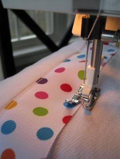 tutorial {adorable burp cloths}