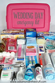 Given as a gift by the Maid of Honor and Bridesmaid? Wedding Day Emergency Kit - A must have for any bride on her big day! Before Wedding, Wedding Tips, Diy Wedding, Wedding Planning, Dream Wedding, Trendy Wedding, Wedding 2015, Wedding Favors, Wedding Stuff