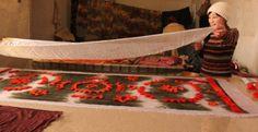 Silk Road, Central Asia, Artist At Work, All Design, Artists, Crafts, Manualidades, Artist, Handmade Crafts