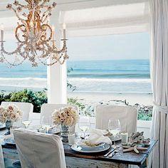 Decoração clássica para a casa de praia.