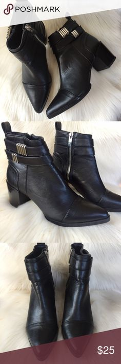 Forever 21 Pointed Toe Heeled Black Booties •Hardly Used Trendy Black Booties •Women's Size 5.5 •Cute Silver Detail Forever 21 Shoes Ankle Boots & Booties