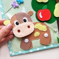 Quiet book toddler tablet about the farm and pets. Diy Quiet Books, Baby Quiet Book, Felt Quiet Books, Baby Crafts, Felt Crafts, Crafts For Kids, The Farm, Quiet Book Templates, Craft Ideas