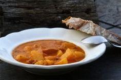 Bramborový guláš s kabanosem Thai Red Curry, Ethnic Recipes, Food, Essen, Meals, Yemek, Eten