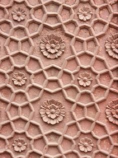Geometric and flower pattern in sandstone Surface Design, Surface Pattern, Pattern Art, Pattern Design, Indian Patterns, Textile Patterns, Pretty Patterns, Color Patterns, Azulejos Art Nouveau