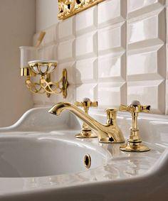 Luxus Armaturen von Sbordoni #armaturen #retrobad #nostalgie #faucets #traditional #bathroom #badezimmer #retro #nostalgie