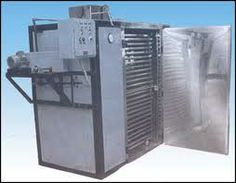 Single door Tray Dryer, easy to clean and easy to move to another location.