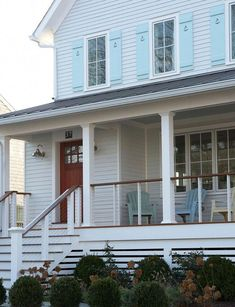 Deck railing isn't just a security attribute. It can add a stunning aesthetic to frame a decked area or porch. These 36 deck railing ideas reveal you exactly how it's done! Front Porch Railings, House Front Porch, Small Front Porches, Iron Railings, Front Door With Screen, Window Shutters Exterior, Exterior Siding, Exterior Remodel, Exterior Design