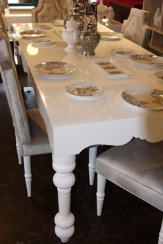 Google Image Result for http://www.roomservicestore.com/PDGImages/bel_air_dining_table_white_543.jpg