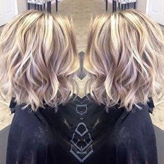 30 Popular Short Blonde Hairstyles: #2. Wavy Hairstyle; #shorthair; #blonde; #blondehair
