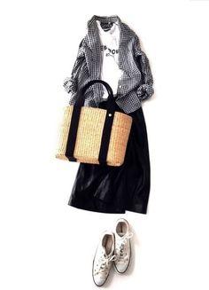 」Powered by A… Fashion Mode, Japan Fashion, Minimal Fashion, Modest Fashion, Daily Fashion, Spring Fashion, Womens Fashion, Mode Outfits, Fashion Outfits