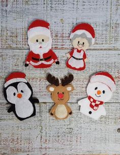 Finger Puppets - Christmas ChristmasYou can find Puppets and m. Felt Puppets, Felt Finger Puppets, Homemade Christmas Gifts, Christmas Crafts, Christmas Decorations, Christmas Christmas, Xmas, Felt Diy, Felt Crafts