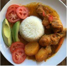 Caribbean food staples Haitian Chicken Recipe, Haitian Food Recipes, Jamaican Recipes, Easy Steak Recipes, Great Recipes, Healthy Recipes, Caribbean Food, Caribbean Recipes, Hatian Food