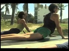 "Clase Gratuita de Yoga en Español - Viernes - ""Same but Different"" - YouTube"
