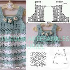vestidos de nenas !!!! Crochet Fabric, Crochet Shirt, Crochet Bikini, Knit Crochet, Crochet Pattern, Kids Dress Clothes, Doll Clothes, Crochet Girls, Crochet For Kids