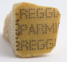 De korst van parmezaanse kaas en Umami