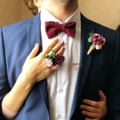 Prom corsage and boutonniere set. Prom Corsage And Boutonniere, Prom Pictures Couples, Ceremony Backdrop, Flower Crafts, Wedding Gifts, Burgundy, Engagement, Suits, Trending Outfits