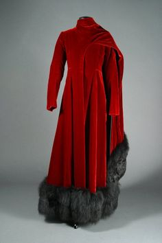"""Barbra Streisand wore this two-piece red velvet gown with fox fur trim worn in her portrayal of Fanny Brice in the 1968 film musical version of the role she created on Broadway.Film """"Funny Girl"""",designed for the film by Irene Sharaff. Movie Costumes, Girl Costumes, Hollywood Costume, Hollywood Gowns, Hollywood Fashion, Irene, Velvet Gown, Red Velvet, Vintage Outfits"""