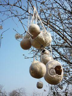 felt bowls and crochet doilies - by Cam Dup = Camille Dupuis