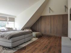 Luxe woonboerderij - Piet-Jan van den Kommer - slaapkamer garderobe 1