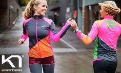 Niet bang voor een beetje kleur? ...dan zit je met de nieuwe herfst- en wintercollectie van Kari Traa bij Sportvrouw.com wel goed! Mooie, zachte, functionele en vooral kleurige sportkleding!!