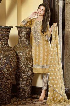 Gul Ahmed Festive Eid Collection 2018 Outfits Ideas for Girls Eid Collection 2017, Dress Collection, Eid Dresses, Ladies Dresses, Pakistani Casual Wear, Shalwar Kameez, Formal Wear, Kimono Top, Chiffon