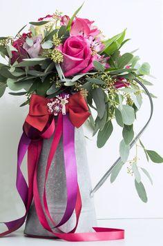 Jelentýnský dárek nebude úplný bez romantické květinové vazby.