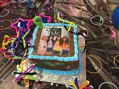 New birthday cake girls square party ideas Ideas Birthday Cakes Girls Kids, Funny Birthday Cakes, Birthday Ideas For Her, Birthday Gifts For Teens, Birthday Crafts, Boy Birthday Parties, Girl Birthday, Husband Birthday, Square Birthday Cake
