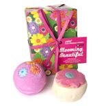Blooming Beautiful gift: A petite and perfectly pink gift for the blooming beautiful person in your life. Inside are two sweet bath-time goodies for fragrant bubbles and pink waters. Pop in the Bath bubble bar brings the warmth of a sunny Mediterranean orange grove to the tub, while Pink Bath Bomb disperses confetti hearts into pink, candy-scented waters. Blooming beautiful!