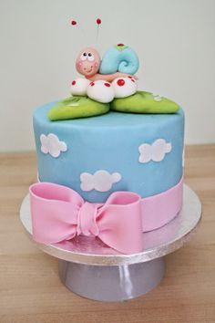 Tarta Chic: Curso TARTAS FONDANT SEVILLA, tarta fondant perfec... Cupcake Cakes, Cupcakes, Clay Figurine, Birthday Cake Decorating, Beautiful Cakes, Amazing Cakes, Cakes And More, Party Cakes, Frosting