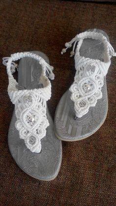 Sandalias con iniciales