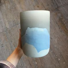 Helen Levi, I love the gradient of color as pieces dry before they're fired. This is an XL Beach Vase 🦋