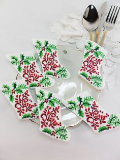 Festive weddings are always fabulous and we've got everything for your Christmas wedding theme right here. Yule love these brilliant Christmas wedding ideas! Christmas Wedding Themes, Christmas Fun, Holiday Decor, Wedding Venues, Wedding Ideas, Yule, Christmas Stockings, Inspiration, Weddings