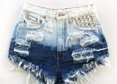 New diy clothes refashion jeans shorts fit 30 Ideas Distressed Denim Shorts, Ripped Jean Shorts, White Denim Shorts, Waisted Denim, Blue Shorts, Diy Shorts, Diy Jeans, Dip Dye Shorts, Feminine Fashion