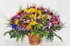 זר מתוק ליום הולדת  ניתן לקנות בחנות הפרח או להזמין משלוח פרחים בפתח תקווה והסביבה 03-9305072
