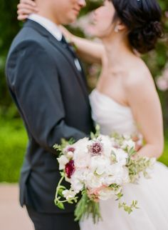 Photography : Rebecca Yale | Floral Design : Laura Miller Design | Wedding Dress : Vera Wang | Venue : Kohl Mansion | Grooms Attire : Hugo Boss Read More on SMP: http://www.stylemepretty.com/2016/05/25/rich-berry-shades-make-this-wedding-palette-pop/