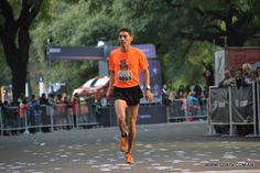 We Run, Running, Fashion, Buenos Aires, People, Sports, Pictures, Moda, Fashion Styles