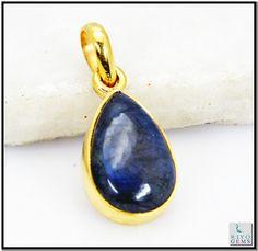 Labradorite, Pendant Jewelry, Plating, Gemstone Rings, Gemstones, Gold, Gems, Jewelry Rings, Crystals Minerals