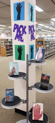 Pick Me - Library Display School Library Decor, Library Rules, Library Signage, School Library Displays, Elementary School Library, Library Lessons, Library Programs, Library Books, Library Inspiration