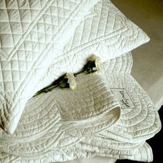 Would love a beautiful all white quilt for my bed....