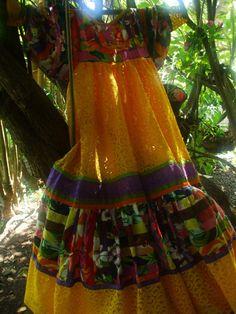 Robe patchwork et dentelle Hawaiian Muumuu, Island Wear, Boho Fashion, Womens Fashion, Dress Patterns, Dress Skirt, Summer Dresses, Outfits, Clothes