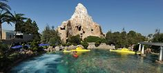 69 Days til Disneyland – Finding Nemo Submarine Voyage!