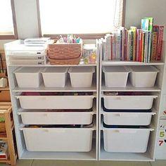 女性で、My Shelf/ダイソー/カラーボックス/ニトリ/おもちゃ収納/キッズスペース/絵本収納についてのインテリア実例。 「イベントの為再投稿で...」 (2017-05-07 01:22:19に共有されました)