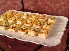 Aprikoosi-AURA suupalat Waffles, Muffin, Food And Drink, Baking, Breakfast, Morning Coffee, Bakken, Waffle, Muffins